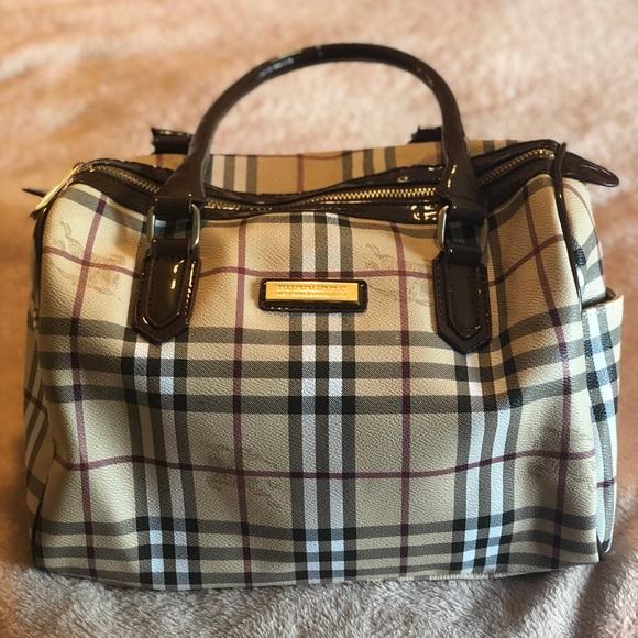2aea0baf20c6 Burberry Handbags - Burberry Purse